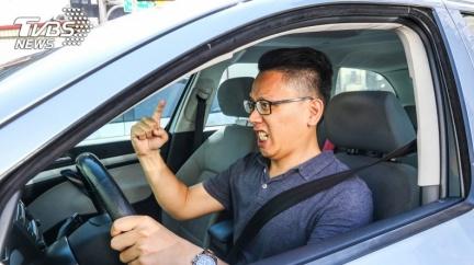 開車容易情緒激動? 日本研究:「這類人」最容易有路怒症!