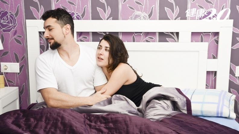 她期待生兒育女 丈夫卻再度拒絕行房!當丈夫愛上另一個男人時 妳該怎麼辦?