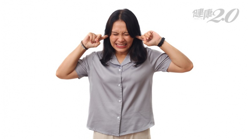 耳鳴是聽障徵兆?耳科專家:持續聽到心跳聲更有致命危險