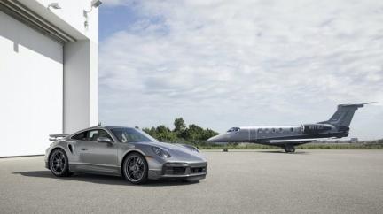 「航空版」911 Turbo S只送不賣! 陸空制霸套裝全球限量10組