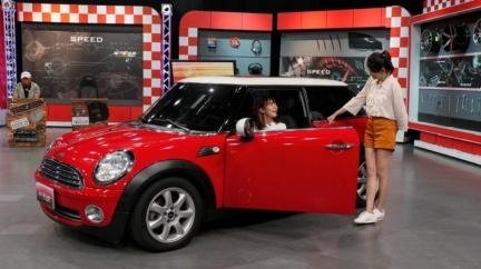 徐海莉入手Mini Cooper晉升汽車族 第一天就撞到!