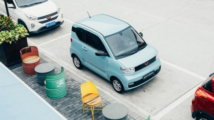 宏光Mini EV電動車只賣12.4萬 累積銷量超越Tesla!