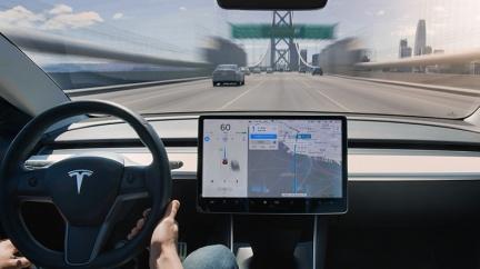 11.1萬元升級「全自動輔助駕駛」 特斯拉智駕升級方案登場