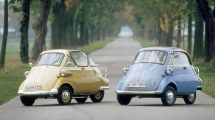 開車門像開冰箱! BMW Isetta當年只售4.6萬台幣
