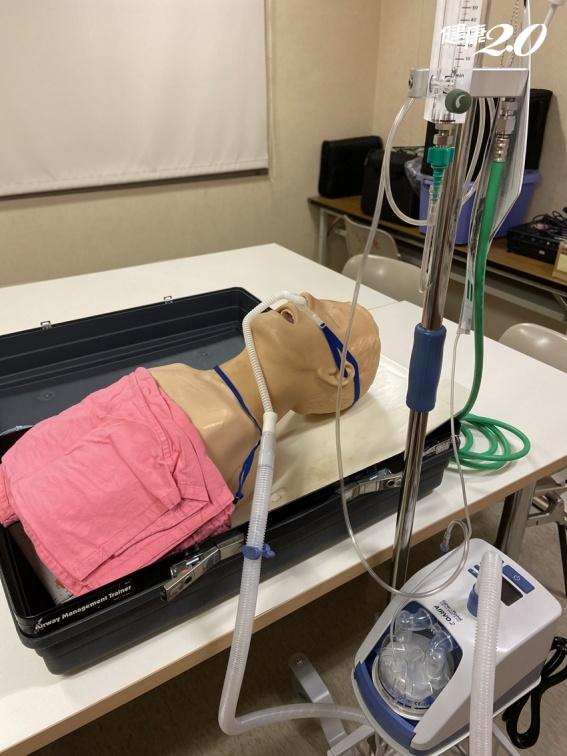 高流量氧氣鼻導管全配系統(HFNC)誰適用?真的用了就能救命?醫界澄清:別把它神格化
