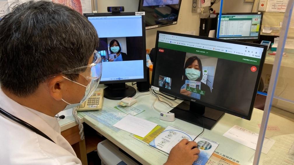 1 秒上醫院!HTC DeepQ與彰基合作「蘭醫師」LineBot視訊診療,醫病溝通無礙