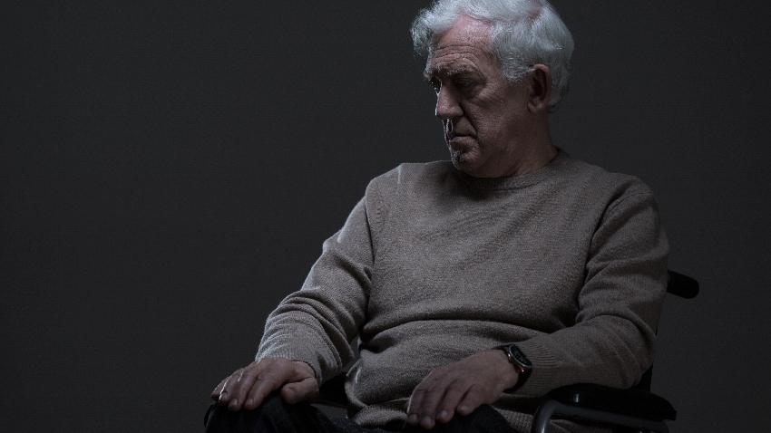白明奇專欄 他話變少,家人以為是憂鬱症,沒想到是……