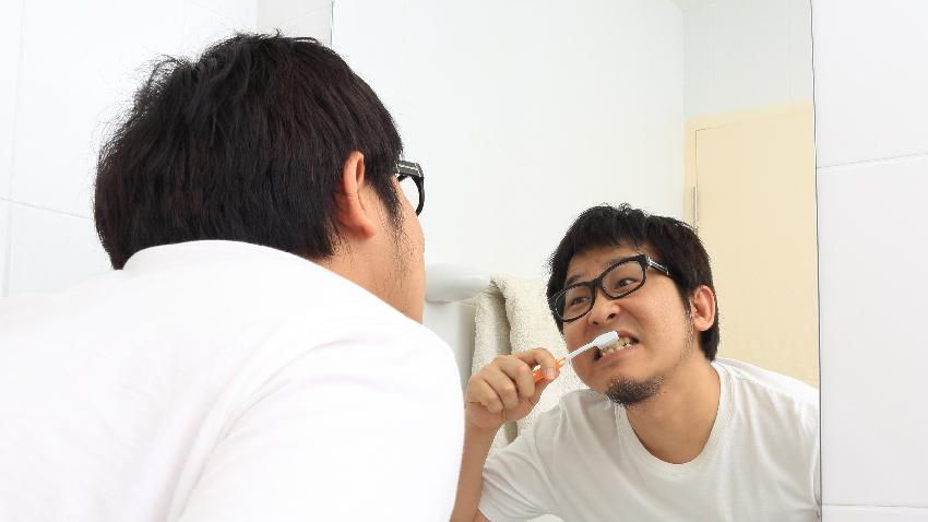 刷牙隨便刷 小心引發肺炎、中風危機