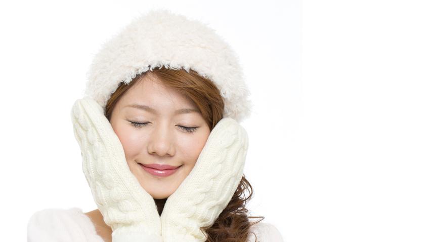 玻尿酸愈擦愈乾!皮膚科醫師大推的「冬季保濕法」