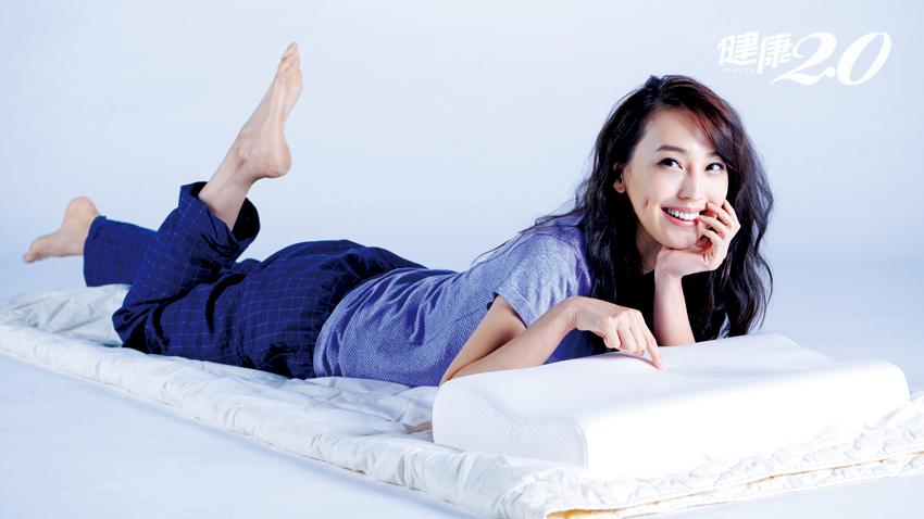 床枕沒選對當心腰痠背痛!專家教選購3攻略
