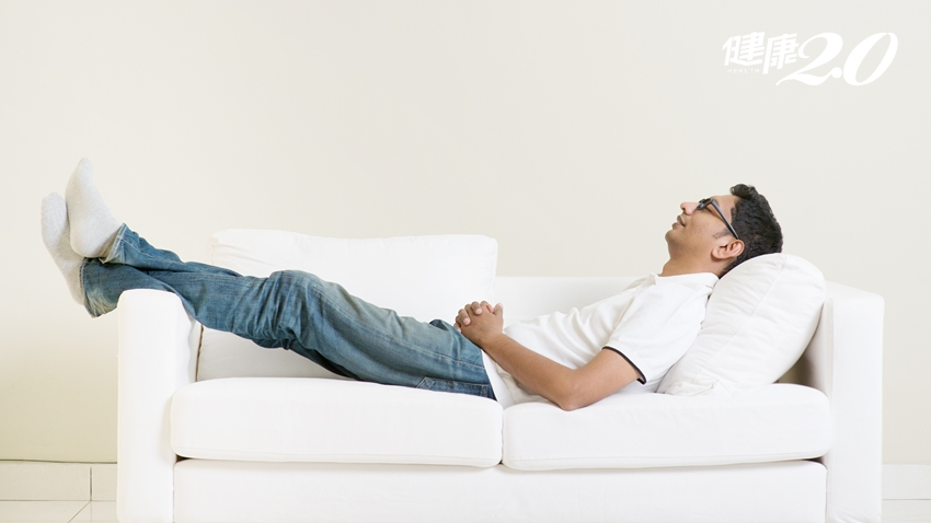 睡個覺也有事?這5個習慣很不好,最傷骨頭!