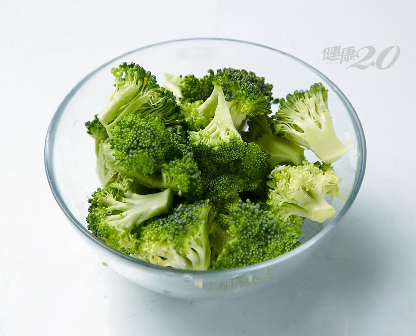 便袐吃什麼最有效?營養師:吃「這個」小小一碗勝過3碗高麗菜!
