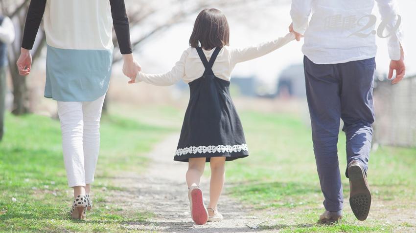 與孩子談生死議題?專家說從「四道人生」入手