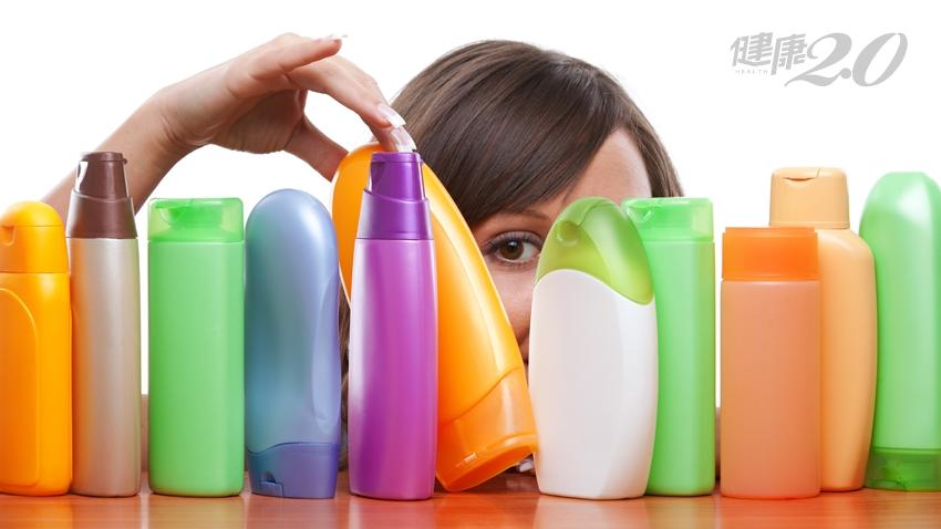 頭皮飄出油臭味,選洗髮精要避開「這兩個字」!