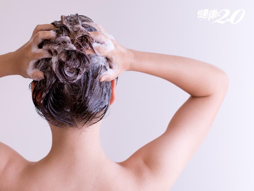 掉髮量正常嗎?「一把抓測試法」揪出禿髮危機