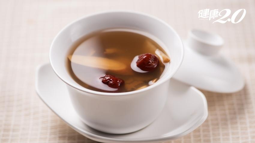 不同年紀的飲食養生法,男女皆宜「抗老四寶茶」