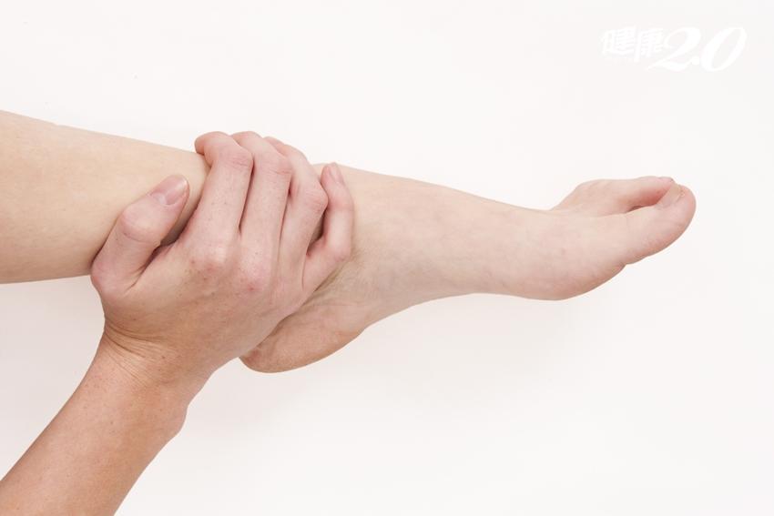 爬樓梯容易喘…按一按腳踝測出「心臟衰竭」風險