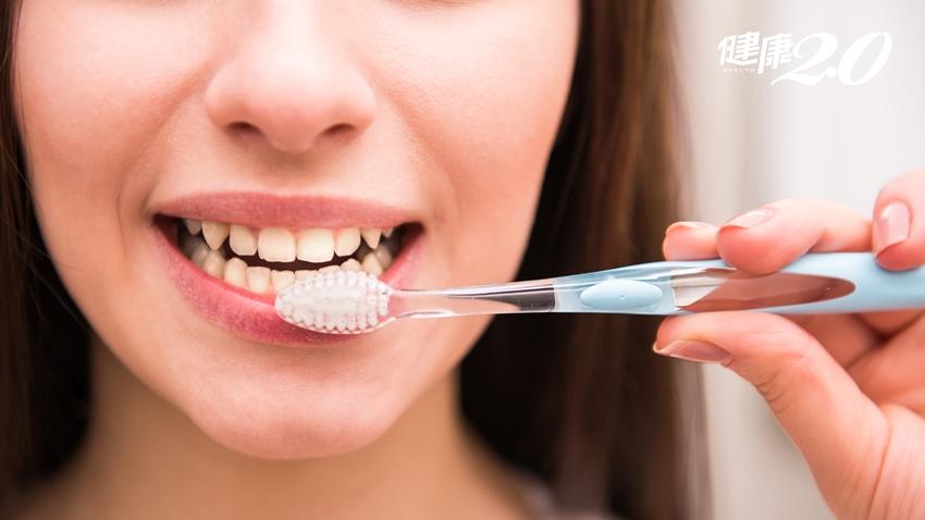 別再拖!可怕的牙周感染招來3大問題,30秒自我檢查