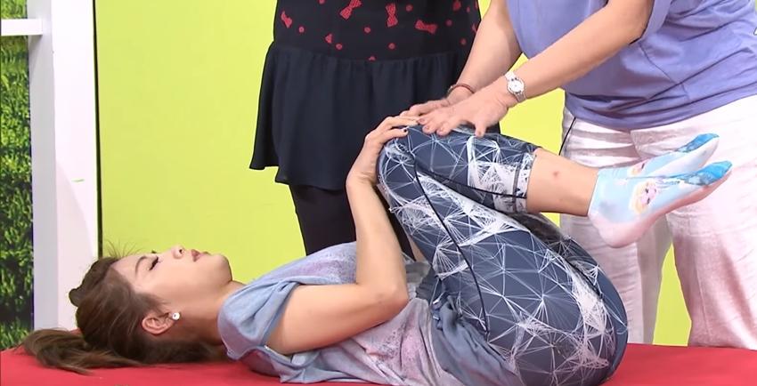 躺著做伸展操!2招放鬆筋膜 甩掉腰痠背痛、核心有力