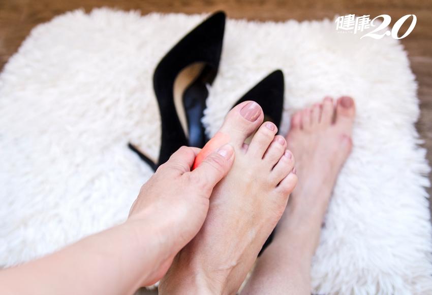 避開5個常見地雷!高跟鞋這樣穿腳不痛、腰不痠