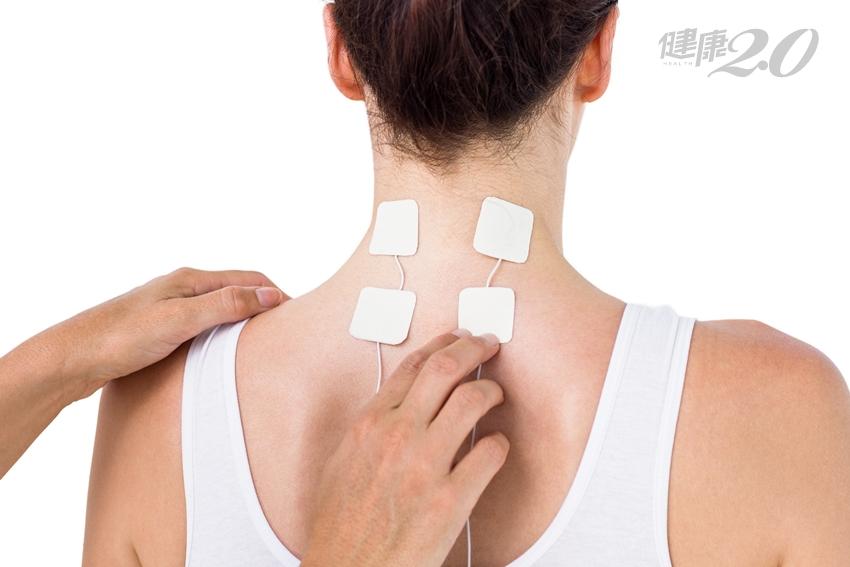 五十肩、腰痛、膝蓋痛…你一定要知道的中西醫「解痛6招」