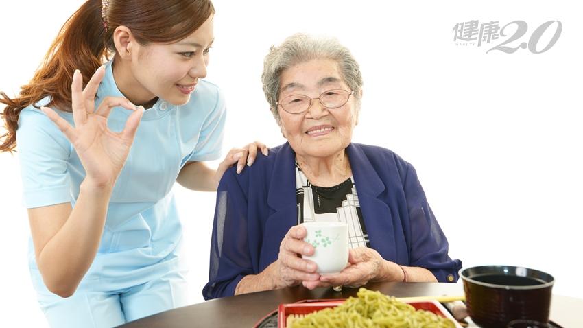 長輩常因牙口不好營養攝取不均,營養師傳授三好一巧飲食原則
