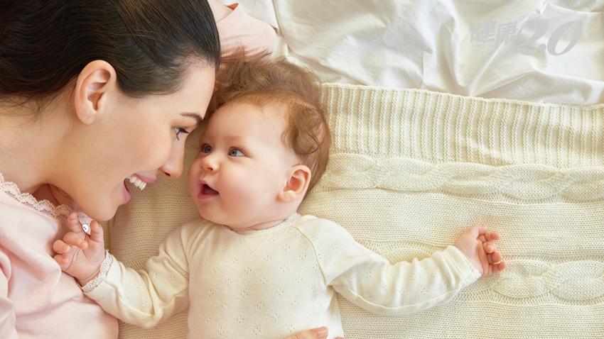 寶寶頭常歪一邊恐非可愛 小心斜頸!留意4大症狀把握治療期