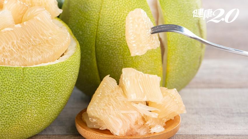 剝柚子超麻煩?主廚教你「快速刀法」輕鬆吃柚子