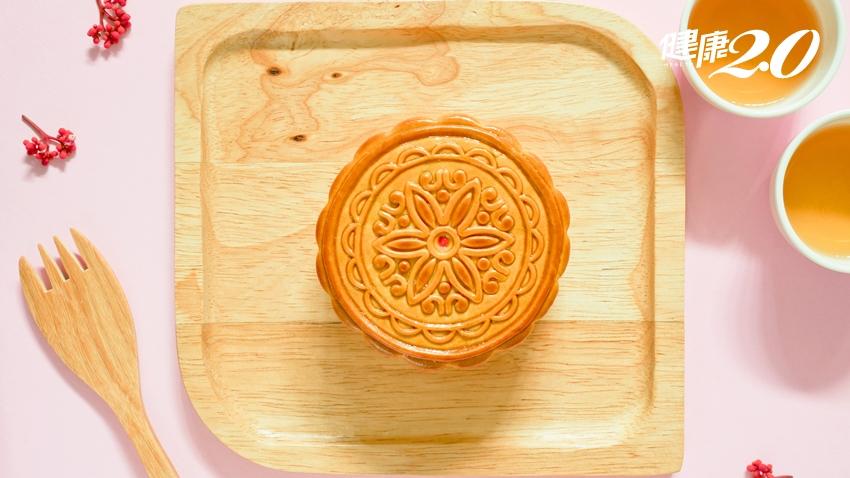 一塊月餅讓血糖失控!糖尿病、腎病、三高該怎麼吃月餅?