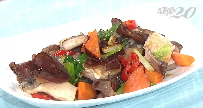 豬腳、秋葵、魚皮…多吃膠質食物護關節?營養師提醒你一個大重點