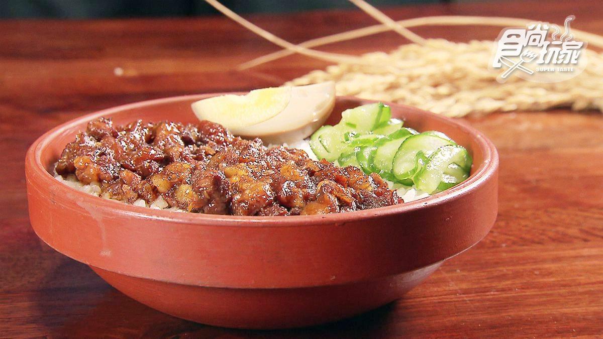 獲選全台十大滷肉飯!陶瓷碗「蒸」的太銷魂,連滷汁醬油也古法自製