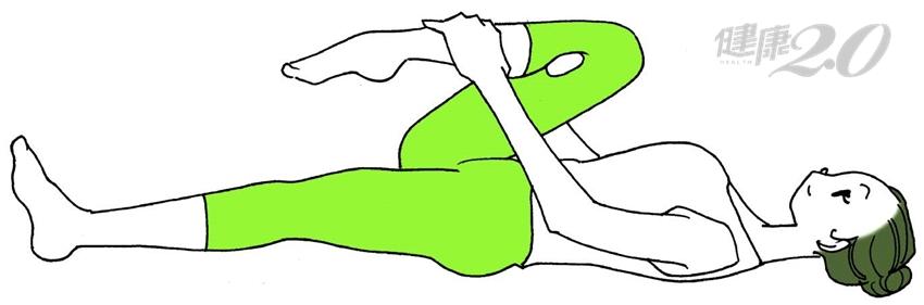 每天3次夾球,「一顆網球」消除膝關節疼痛