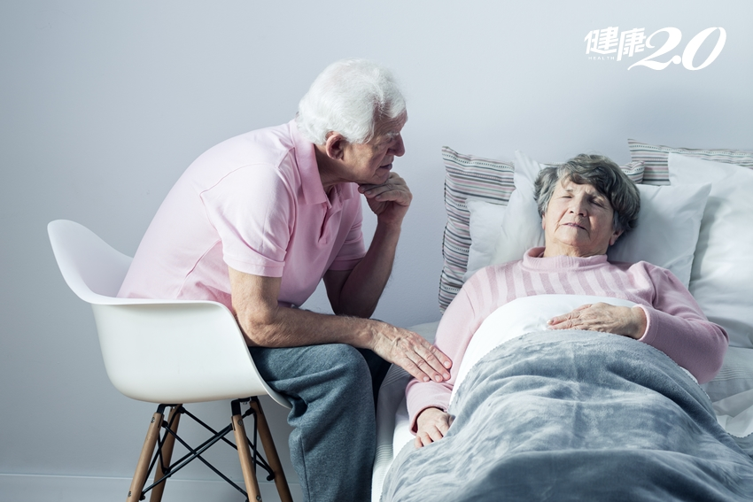 銀髮族時常「練咳嗽」,關鍵時刻救自己一命