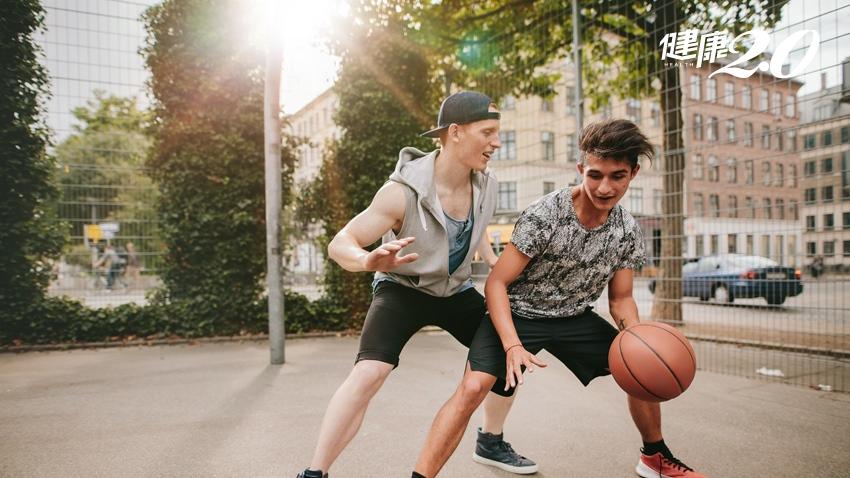 運動後肌痠痛僵硬、排出可樂尿 把握2原則橫紋肌溶解症不上身
