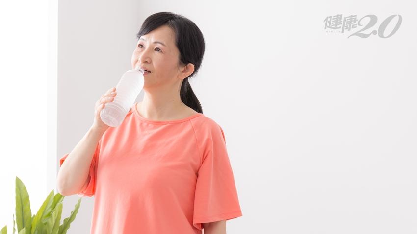 更年期口乾、眼乾、皮膚乾?醫師8個自然療法 改善「乾燥症」