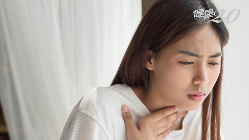 喉嚨卡卡?非食道癌而是扁桃腺結石 有這3 種習慣快改