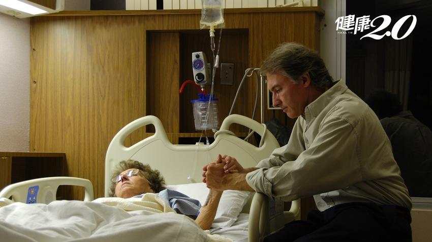 尊嚴、自主走向生命終點  認識《病人自主權利法》