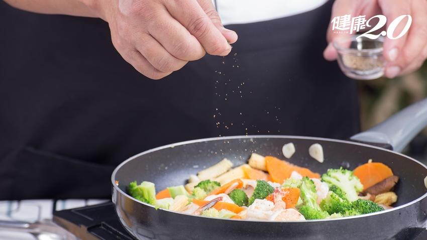 媽媽煮菜怎麼愈來愈鹹?竟與乾燥症有關