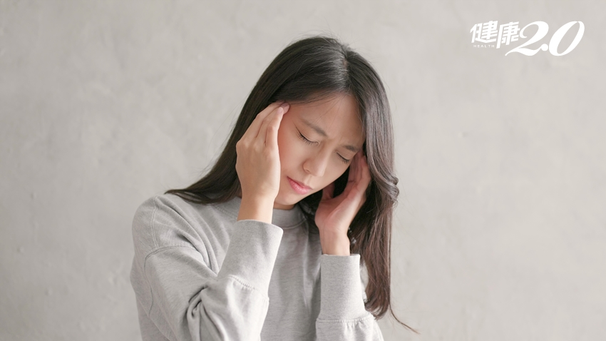 她頭痛5年無解,竟和腮幫子有關!3方法揪出顳顎關節問題