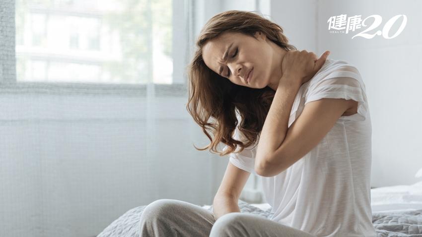 脖子卡卡、頸部痛以為落枕?出現這種腫塊小心癌上身