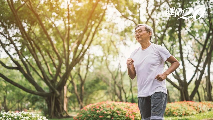 86歲的他每天堅持做這2件事,生理年齡年輕30歲
