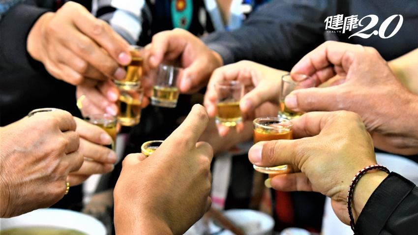 聚會喝酒心跳快速以為太High 沒想到竟是心房顫動引起小中風