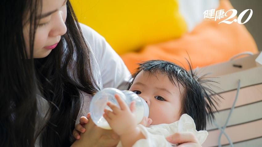 寶寶嚴重吐奶,別再減奶!醫傳6招改善