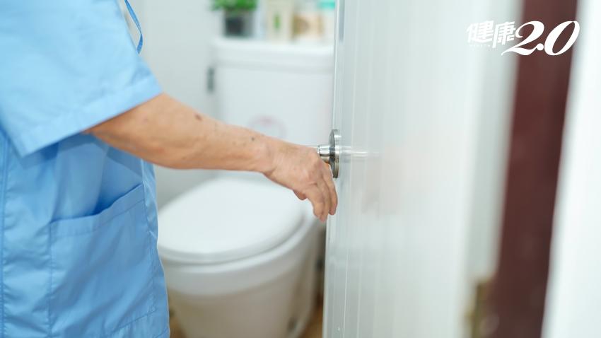 婦人血尿不會痛,竟是泌尿道長腫瘤!醫師提醒洗腎者多留意