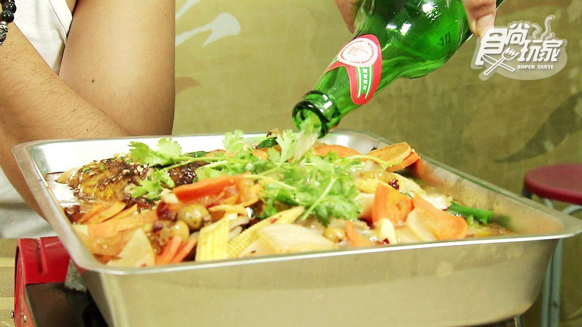 網友好評!礁溪隱藏版貴州菜,「烤魚」加半瓶啤酒、「酸魚湯」超下飯