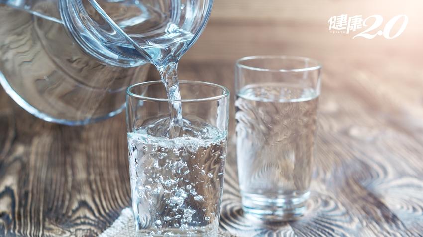 一個月瘦5公斤?風靡德國的「8杯水減重法」營養師這樣說