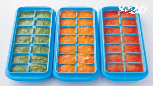 不失智的關鍵藏在口腔裡!日營養專家教你自製「蔬菜冰塊」