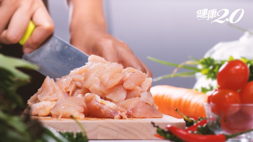 食物掉地上,馬上撿起還能吃?夏天容易食物中毒 細菌就在細節裡!