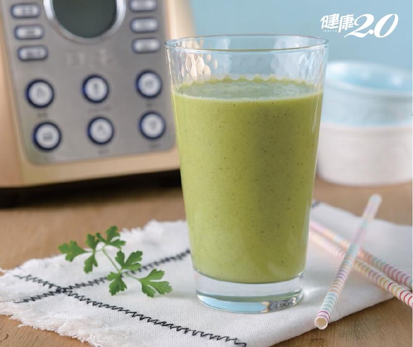 比提神飲料更有感!2款蔬果汁幫你擊退昏沉疲勞