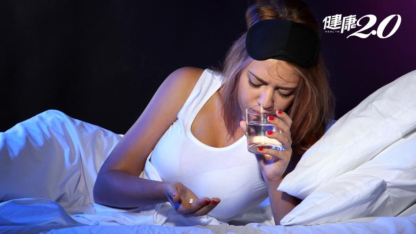 吃鼻塞藥物會失眠?醫提醒:睡前吃這些藥 小心睡不著